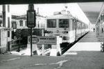 Orléans. 30 août 1971. Automotrice Z 5334 à deux caisses. Train rapide Orléans - Paris. Cliché Jacques Bazin