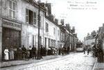 Orléans-T-043 : rue Nationale à Olivet, devant la gendarmerie