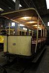 Fontainebleau-T-086 : remorque baladeuse n°19 dans les locaux du musée des Transports Urbains à Chelles, en mai 2012. Cliché Pierre BAZIN