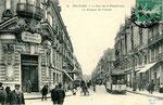 Orléans-T-053 : rue de la République, au niveau de la Banque de France