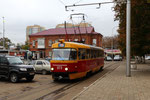Krasnodar-T-027 : Motrice Tatra T3SU n° 073 de 1984, sur la boucle de retournement, au terminus de la gare de Krasnodar I. CLiché Pierre BAZIN, 23 octobre 2013