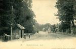 Orléans-T-030 : la station du tramway à Olivet, près du pont du Loiret