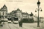 Orléans-T-063 : place du Martroi