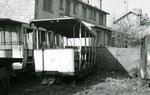 Fontainebleau-T-058 : Remorque baladeuse n°19 retrouvée chez un ferrailleur de Maisons-Alfort. Cliché Jacques BAZIN. 26 octobre 1957