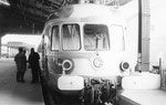Paris-Austerlitz. Rame RGP présidentielle X 2723. Train spécial vers St-Cyr-en-Val pour les Floralies d'Orléans. Cliché Jacques Bazin. 17-06-1967