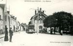 Fontainebleau-T-078 : Samois-sur-Seine, place de la Mairie.
