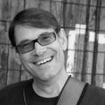 Karl-Heinz Kunz (Bass & Gesang) aus St. Wendel