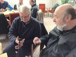 Tom, DL9ZAL und Reinhard, DO2RW im intensiven Gespräch