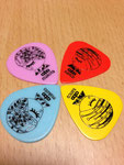 cabo original pick design by Maki Ogura