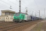Autotransportzug unterwegs Richtung Atlantik zur französische Stadt Hendaye an der Grenze zu Spanien, 437010 mit 49276 Forbach/F - Hendaye/F (Sonderzug GA 44420 aus Einsiedlerhof) passiert den ehmaligen Posten 1 in Forbach/F