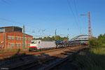 XRAIL 186 909 (Crossrail Italia) mit DGS 48543 Dillingen Ford - Antwerpen Zuid (Sdl.PKW) , 05.06.14 Dillingen(Saar)