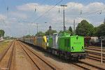 """SETG """"V100.04"""" (202 787) und Siemens Dispolok ES 64 U2-095 (182 595 , i.E für OHE Cargo) mit Holzzug für Rettenmeier Rammstein GmbH , Einsiedlerhof 12.06.14"""