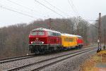 Im strömendem Regen am Hp Fischbach 218 387 , von der Kurhessenbahn , mit Messzug MESF 48124 Neunkirchen(Saar) Hbf - Saarbrücken Hbf, am Schluss 218 484 - 09.04.2013