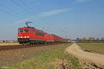 155 207 (im Schlepp 185 030) mit XP 52604 Rüsselsheim Opelwerk - Einsiedlerhof am 10.03.14 zwischen Schifferstadt und Böhl-Iggelheim