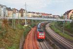 185 026 mit GA 44432 (Curtici/RO) Passau Grenze - Forbach/F (Valeton/F) am Abzweig Saardamm 27.11.13 (Sdl. PKW , Dacia)