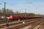185 014 mit GC 48290 Heringen (Werra) - Hausbergen bei der Durchfahrt Frankfurt Ost Gbf am 16.04.2013