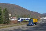 """LNVG 622 202 (LINT 54) """"Niedersachsen"""" auf Überführungsfahrt als ST 92770 von Mannheim Hbf nach Mettlach am 05.03.14 bei Scheidt , anschließend Versuchsfahrten zwischen Mettlach und Trier Hbf (entweder war der LKW zu schnell oder zu langsam ;)"""