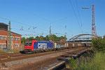 """SBB Cargo 482 032 (i.E. für HSL Logistik ) mit """"Stahlzug"""" , 05.06.14 Dillingen(Saar)"""