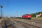 181 218 mit DbZ 94412 Forbach/F - Saarbrücken Hbf (am Zugschluss 185 031), Forbach Triage 16.06.14