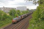 Saarrail 261 305 mit Stahlprodukten aus der Burbacher Hütte auf der Fahrt zum Saarbrücker Rangierbahnhof am 15.05.14