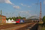 SBB Cargo 482 030 (i.E. für HSL-Logistik) mit Produkten der Saarstahl AG , Dillingen(Saar) am 18.06.14