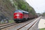 BSBS My 1142 (227 005) mit SNCF-Triebwagenüberführung DbZ-D 93330 Stuttgart-Untertürkheim - Saarbrücken Hgbf am 19.04.2013