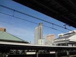 両国駅から 国技館とスカイツリーと江戸東京博物館