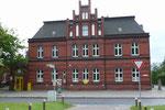 Hier nochmal der eingemauerte Briefkasten in Sassnitz.