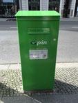 Briefkasten der privaten PIN AG in Berlin. Vielen Dank an Maik Schönefeld!