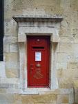 Eingemauerter Briefkasten im Schloss Windsor, England. Vielen Dank an Maik Schönefeld!