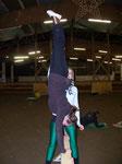 Sabrina im Handstand