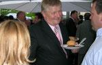 Michael Völlmecke rechts im Gespräch mit Niedersachsens Landwirtschaftsminister Ehlen. Foto: (c) Helga Karl