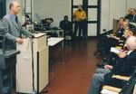 Schienenfahrzeug-Kongress: Brandenburgs Wirtschaftsminister am Mikrofon. Sitzreihe VDB-Präsident Witt, GF Schwind Systemlieferant Hübner, Helga Karl