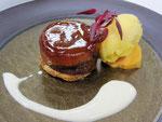 リンゴのタルトとハチミチのアイスクリーム