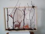décoration en bois, cadre représentant un grand cerf accompagné d'une biche dans la forêt