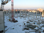 Baubeginn mit Fertigteilmontage