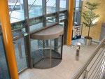 Blick ins Foyer aus der Galerie im 1.OG