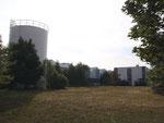 Blick auf das Logistikzentrum mit Sprinklertank