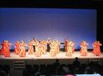 『プア オカ マカハラ』を踊りました