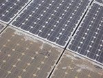 Photovoltaikanlage vor und nach der Säuberung