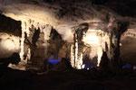 die 7.5km lange Höhle Tham Kong Lo
