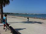 Strand vor dem Campingplatz in L'Ampolla, Spanien