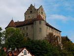 Die Meersburg. Die alte Burg aus dem frühen 16. Jh. trohnt hoch oben über der gleichnamigen Stadt. Hier verbrachte Annette von Droste-Hülshoff, eine für ihre Zeit berühmte Dichterin aus dem Münsterland (Schloß Hülshoff ist ihr Geburtshaus), mehrmals einig