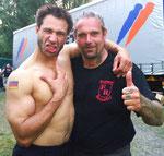 """""""Evil"""" Jared Hasselhoff, der Bassist der Bloodhound Gang, und Ralf Seeger"""