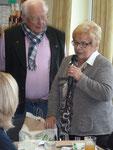 Grüße aus Olfen in Westfalen überbrachte Inge Schmerfeld vom dortigen Heimatverein im Namen ihrer Delegation. Zugleich teilte sie mit, dass im kommenden Jahr eine Busreise vom Münsterland in den Odenwald geplant sei.