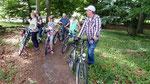 Ein Teil der Teilnehmer, hier bei der Radtour (Foto: Hans-Jürgen Schmidt)
