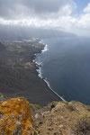 Blick vom Mirador de la Peña auf die Bahia de los Pozos und den Atlantik
