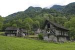 Rustici im Valle Verzasca