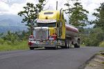 Truck auf der alten Turrialba-Strasse
