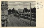 Ein Triebwagen der elektrischen Straßenbahnen in der neuerbauten Unterführung, um 1936, Bildnummer: bbv_00671
